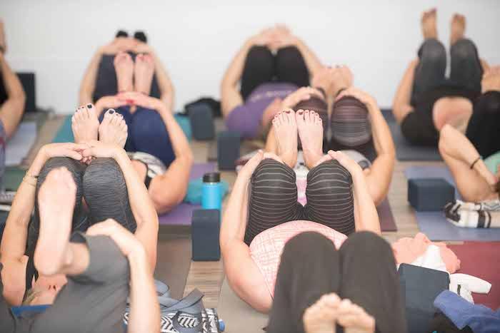Yoga-Daily-yoga-class